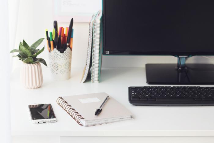 Mes 7 conseils pour être mieux organisée au travail (et moins stressée)